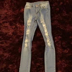 FASHION NOVA JEANS (size3/4) PLEASE READ BELOW